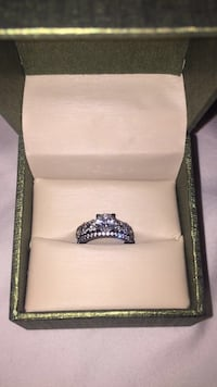 Sterling silver ring with sterling silver band genuine diamonds  Edmonton, T6A 1C3