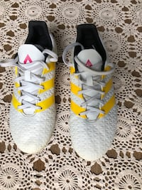 Adidas turf outdoor soccer cleats Oakville, L6H 2L2