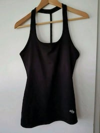Mika Yoga Wear Serena Top - Black Calgary, T2K 1A2