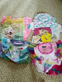 Girl pajamas size 6 or 6x $8.00 for all 4 Plainfield, 60544