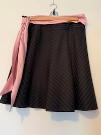 Express A-Line skirt (size 4) Cambridge, N1S 2X3