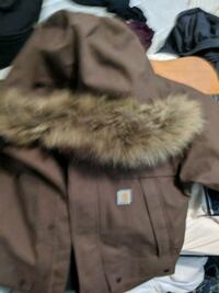gray and white fur-lined parka jacket Edmonton, T5A 1Y9
