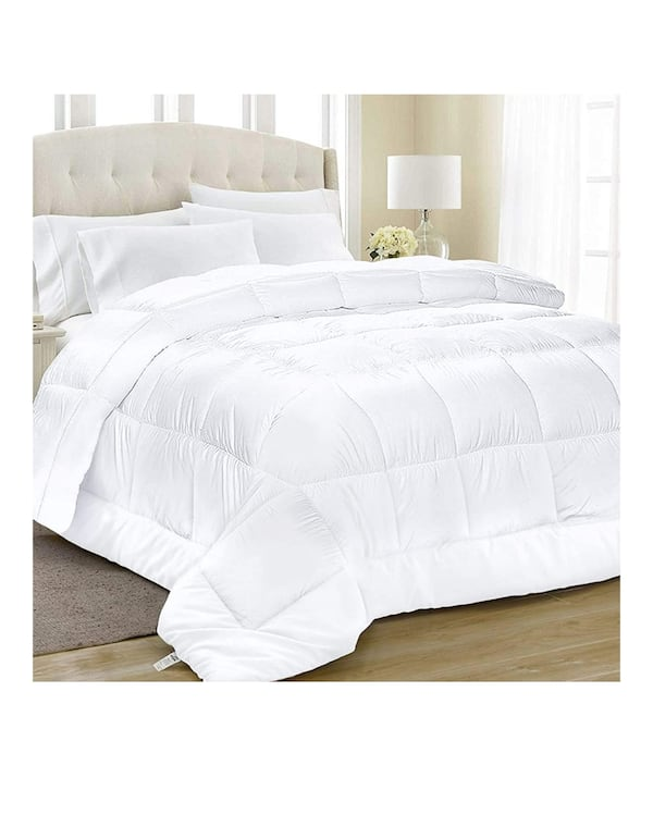 Queen soft comforter quilter all season white color  83edd005-863b-4ed7-af7b-6912dfd7d213