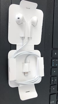 White apple earpods Surrey, V4A 3Z7