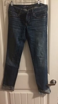 Women's blue jeans Surrey, V3W 5H2