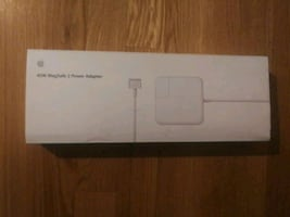 2 adapter cable. Apple
