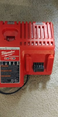 Dbl charger Milwaukee basicly brand new. Edmonton, T5L 1G5