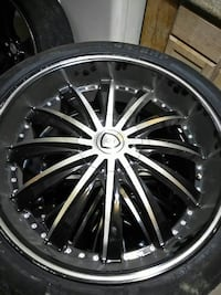 chrome multi-spoke auto wheel with tire Chicago, 60602