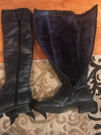 pair of black leather knee-high boots Montréal, H1T