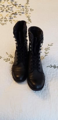 pair of black leather boots Harrisburg
