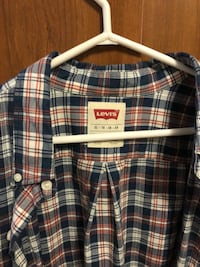 Men Levi's Xl Dress Shirt  Toronto, M4M