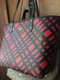 COACH Wild Plaid City Tote Brentwood, 20722