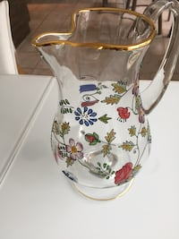 Clear glass pitcher with red flower print Sherbrooke, J1L 2R1