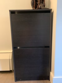 Show cabinet brown colour! Absolutely no scratches! Excellent condition  Toronto, M2N 2Z6