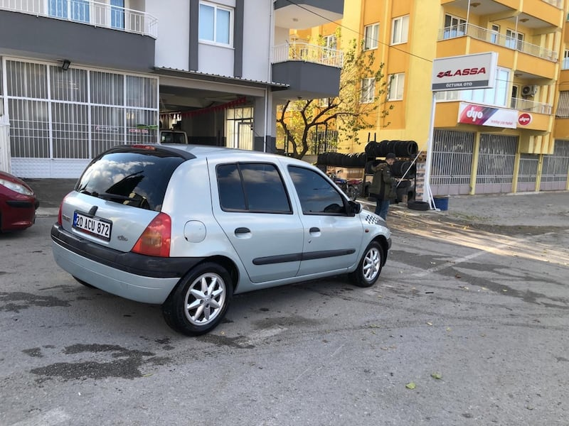 2000 Renault Scenic 1.6 rxt 525dc558-f874-464d-8a89-5340aeb859f3