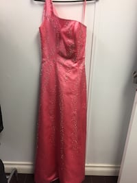 Brand new gown. Size10 Pls check out my profile for other dresses. Richmond Hill, L4E 0S2