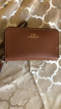 COACH Wristlet, travel wallet fits iPhone X,7,6