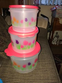 Mexican Tupperware! Brand New ( Nuevo ) i had it for 55 now im selling all 3 for 20 i have alot more items message me for pics n prices !!!