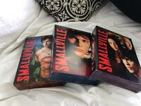 3 seasons box sets of Smallville  Montréal, H4R