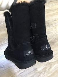 Bearpaw**shearling lined winter boots -like New!size 6.5/7-as great as uggs if not better retailed close to 150$ asking 65$ smoke free home London, N5W 1S3