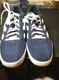 Pair of blue-and-white Adidas sneakers Phoenix, 85021