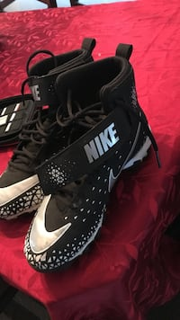 Pair of black-and-white nike high tops Palisades Park, 07650