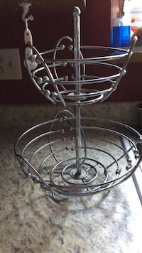 round clear glass bowl with black metal stand Colorado Springs, 80915
