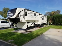 2015 Big Country 5th wheel 39'