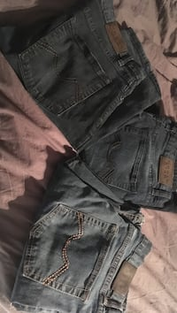 3pairs of mens costco jeans