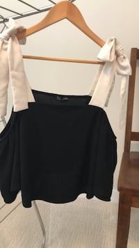 Lady's clothing. Good condition!