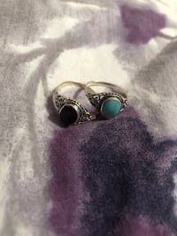 silver and green gemstone ring Cambridge, N3H 3S1