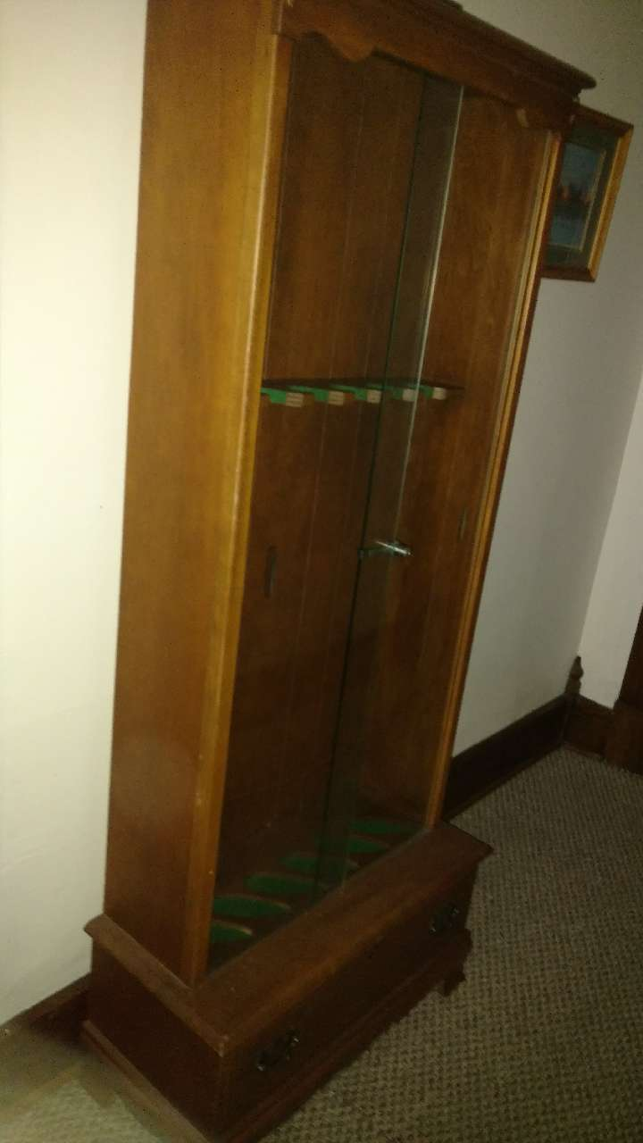 Used Lockable 6 Gun Cabinet For Sale In Jamestown