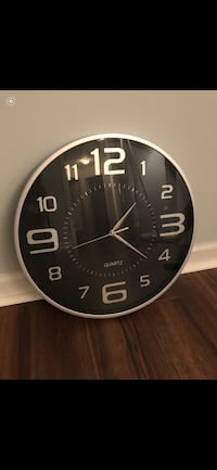 Black and silver clock