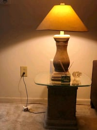 2 ceramic side tables and 2 ceramic lamps  Catonsville, 21228