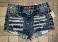 NEW WITH TAGS DOLLHOUSE FASHION RIPPED SHORTS  Vaughan, L4K