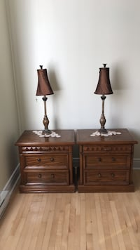 Brown wooden night table with lamps Montréal, H8R 2L9