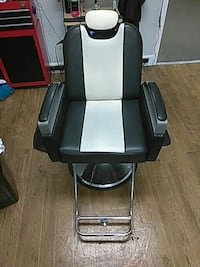 2 Barber/Salon chairs  Nashville, 37217
