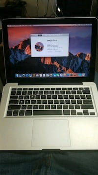 Macbook PRO i5 4GB RAM 500GB HARD DRIVE Ottawa, K2B 7T1