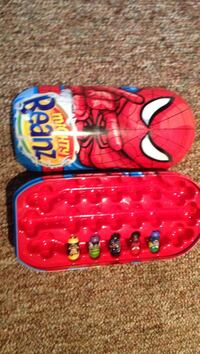 Mighty Beanz plastic container