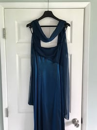 Formal blue dress  Steilacoom, 98388