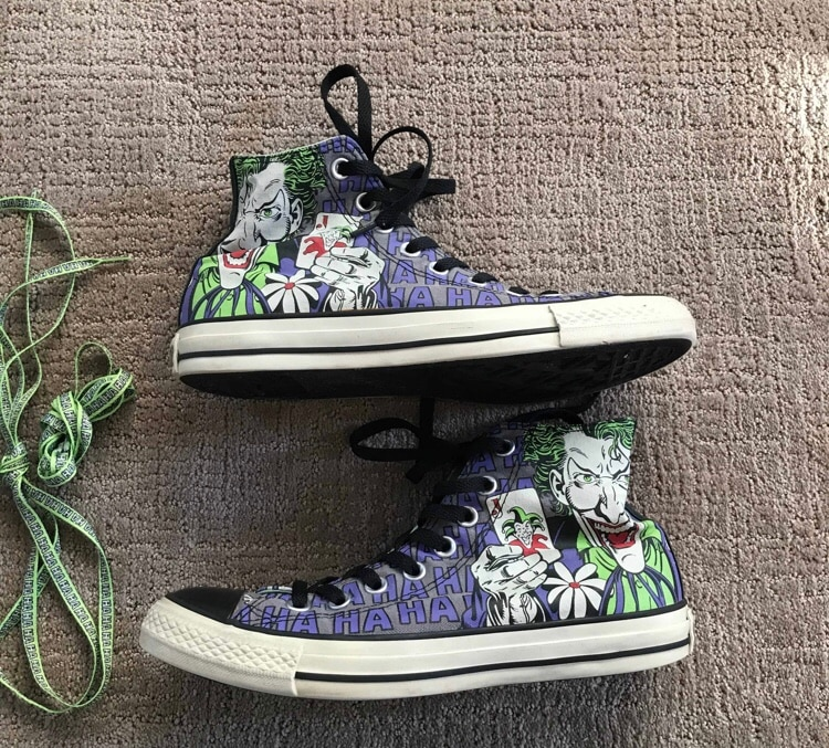 Batman vs Joker Converse