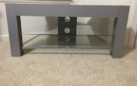Tv Stand, must pick up Dumfries, 22026