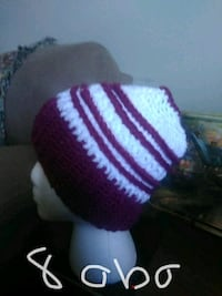 white and purple knitted textile Somerset, 42501