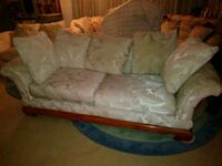White loveseat & sofa mint condition Fort Myers, 33901