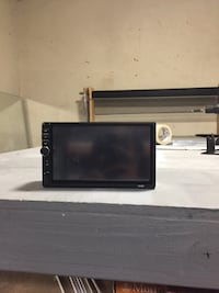 7inch mp5 player with back up Camera Baltimore, 21214