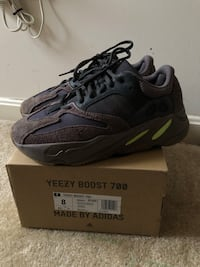 Yeezy Mauve 700 Sterling, 20166