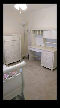 Twin Bedroom set (6 pieces) 25 mi