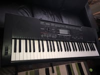 Electric piano keyboard Oakville, L6L 4A5