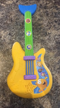 Bubble guppies guitar  Markham, L6C 0K8