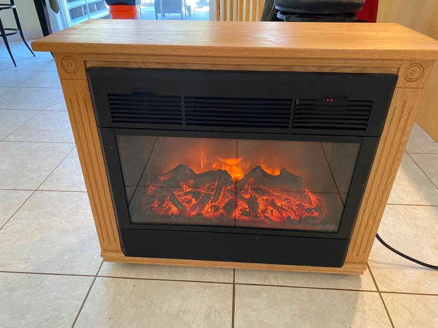 Photo Heat Surge electric mobile fireplace